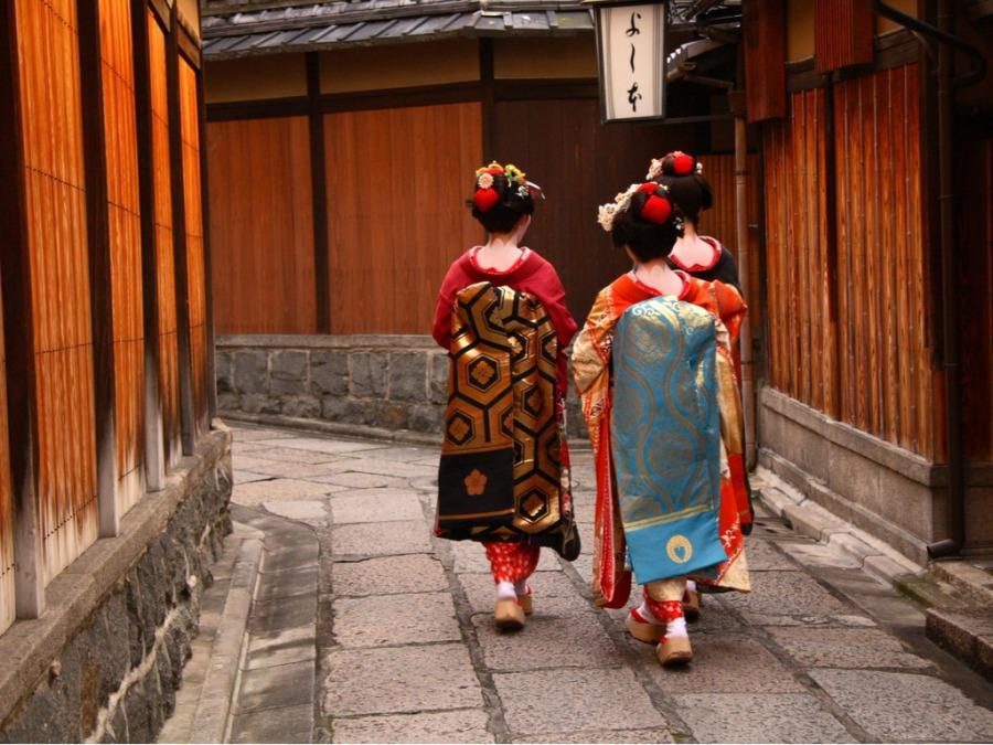 京都で舞妓(芸妓)体験をしてきました