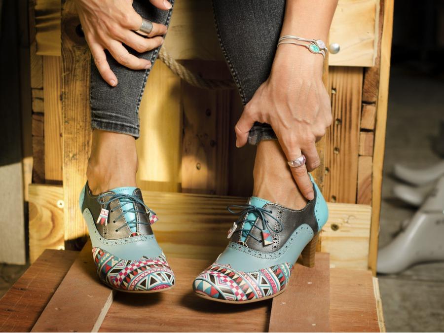 オーダーメイドで自分の足に合った靴を